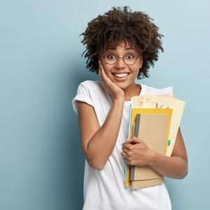 Quels sont les avantages dont tu bénéficies avec ta carte étudiante ?